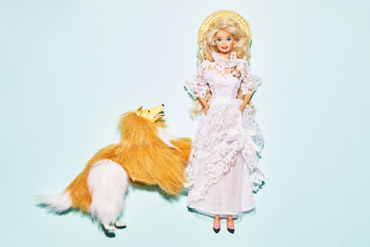 Barbie met hond